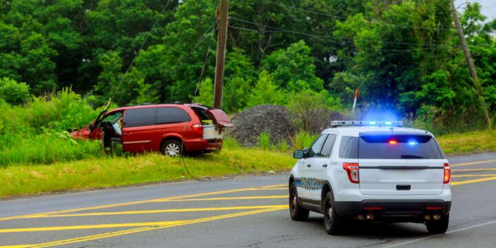 Debería Llamar al 911Después de un Accidente Automovilístico?