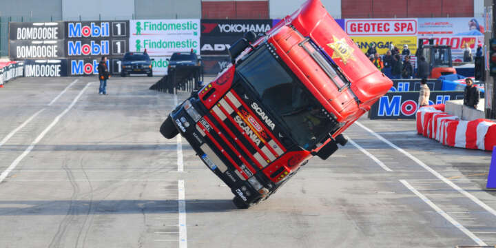 What Happens in a Rollover Truck Accident?